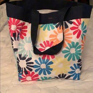 Thirty one floral beach bag